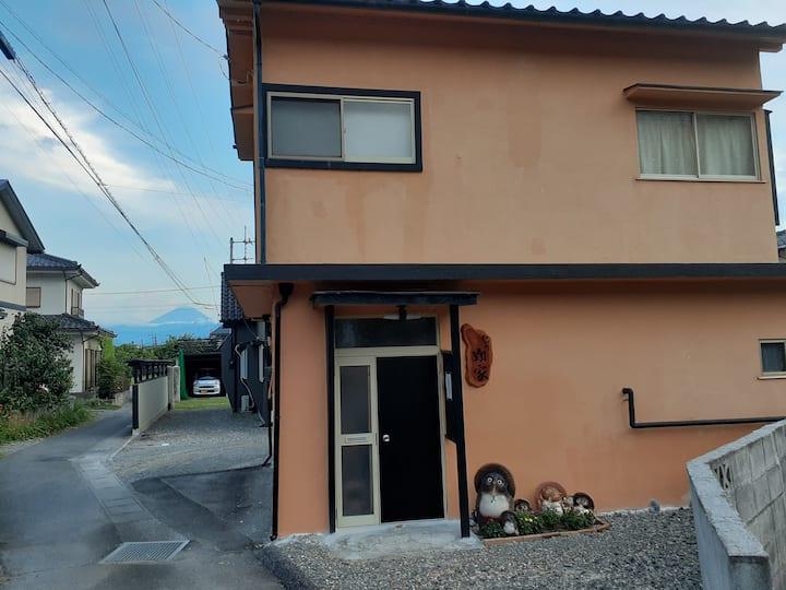 静かなお泊りに。和田町翔家