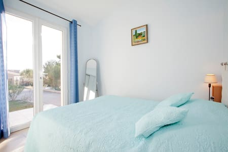 HOLIDAY HOUSE with swimming pool in - Maussane-les-Alpilles