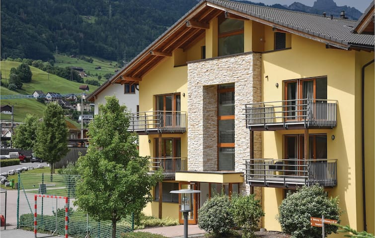 Holiday apartment with 3 bedrooms on 95 m² in Unterterzen