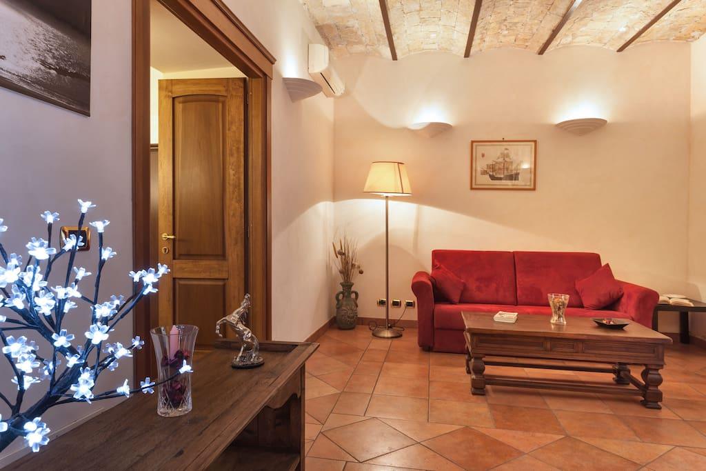 Appartamento di charme centro roma appartamenti in for Appartamenti arredati roma