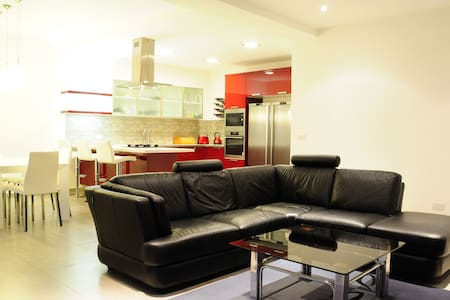 Luxury Apartment in Attard, Malta - Apartamento