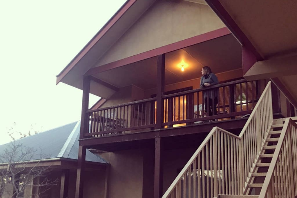 Balcony in the treetops overlooking The Murray River and Perricoota Vines Retreat