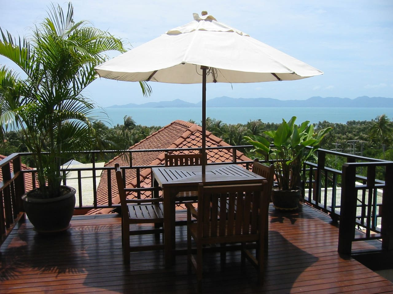 outdoor terrace with great seaviews