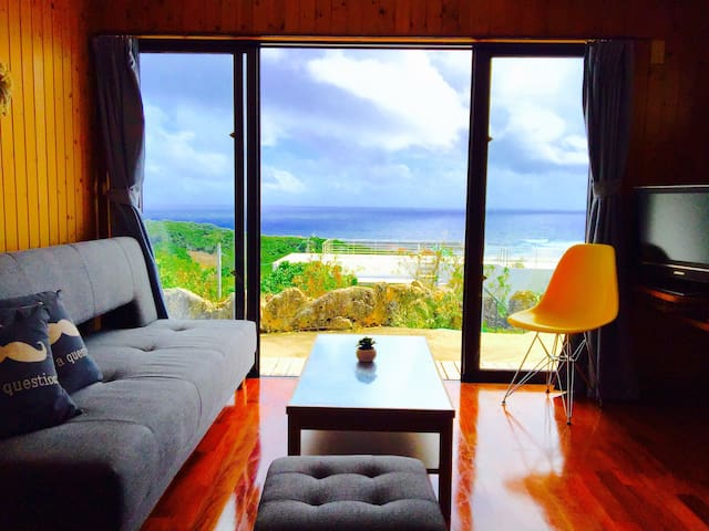 Cosy cottage with stunning sea views 絶景!静寂のコテージ