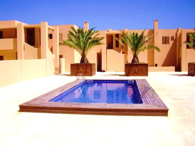 FANTASTIC APARTMENT FRONT OF BEACH - Balearic Islands - Lejlighed