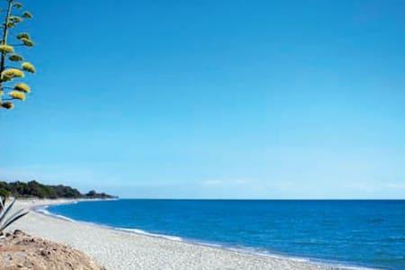 À proximité de la mer Bungalow - Sorbo ocagnano