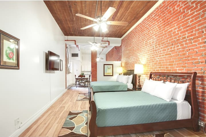 Historic Downtown New Orleans Loft - 2 min to FQ