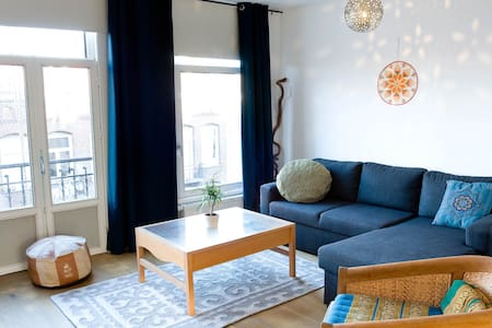 SPACIOUS, 2 BR apartment in de PIJP district - Amsterdam
