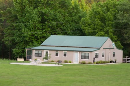 Alcyone Suite at Peace Valley Sanctuary-Caddo Gap - Caddo Gap