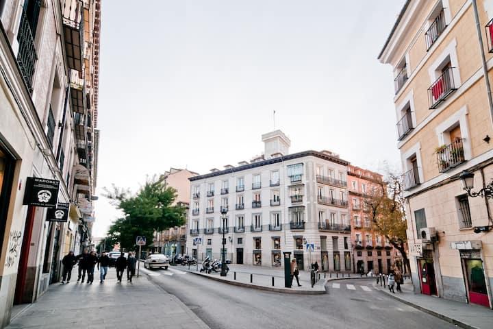 Hermoso loft  Puerta del Sol centro - María