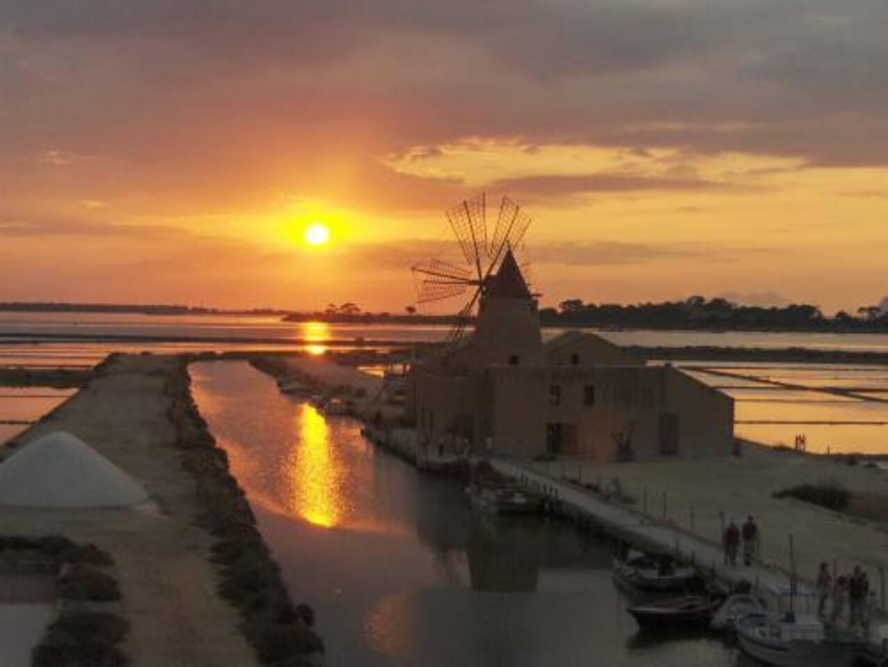 Le Saline di Marsala: una delle prime tappe per una vacanza da sogno a Marsala! :-)