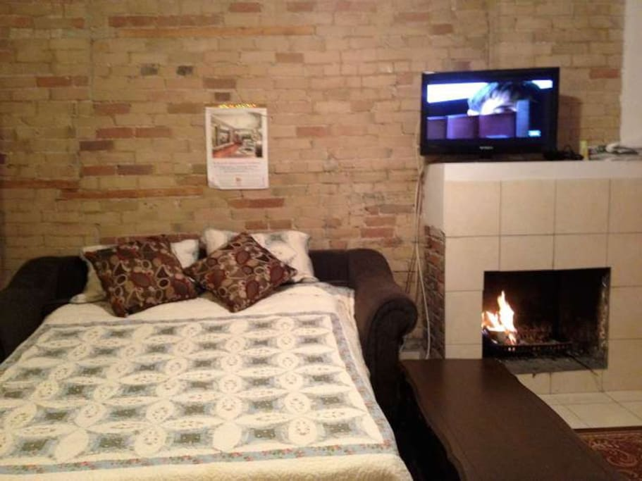 Rooms For Rent With Free Wifi In Toronto