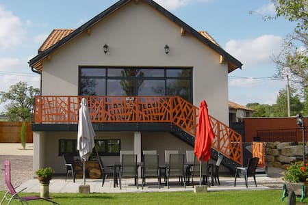 Lush Holiday Home in Gondrecourt-le-Château with Pool