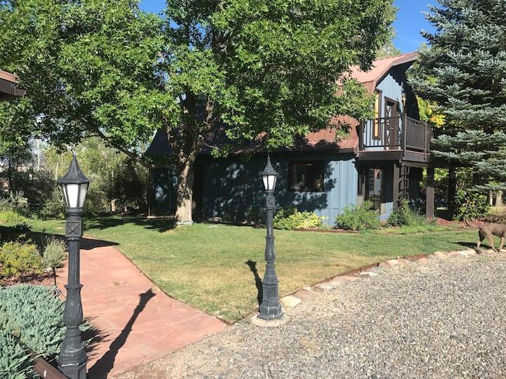 Montrose Cottage - Cloud Nine