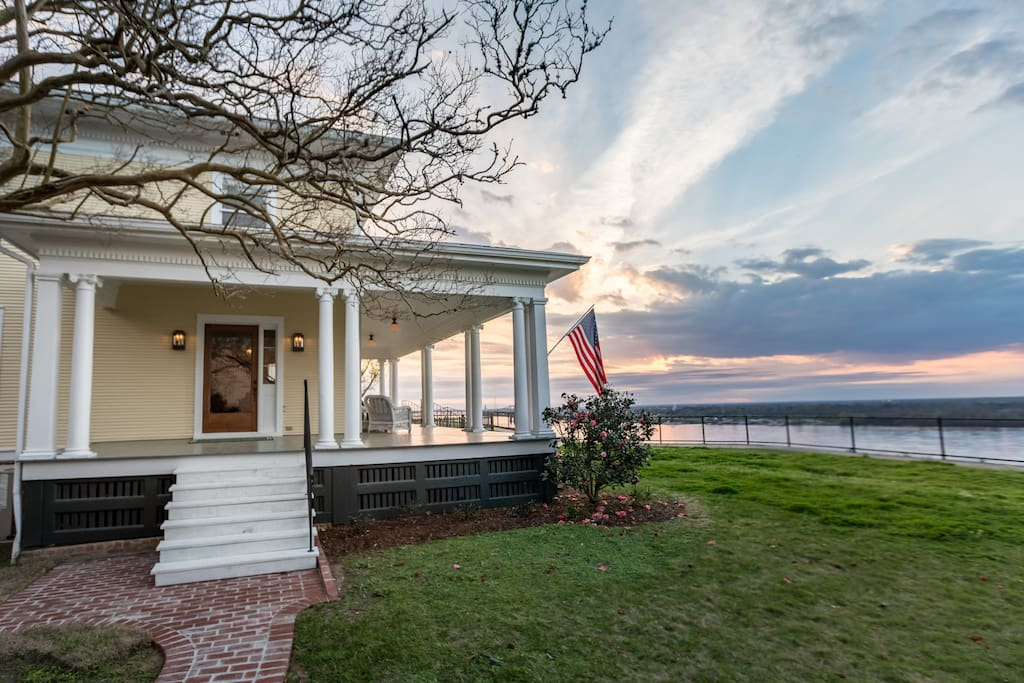 """Clifton House sits 200 feet above the river on Natchez's renown """"Bluff Path"""" -- just a short walk to downtown restaurants."""