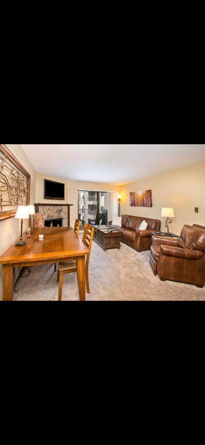 Perfect Avon 2 Bedroom Condo w/ Free Ski Shuttle