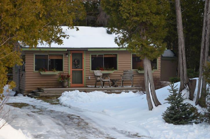 Oliphant, ON Cottage Rental - South Bruce Peninsula - Hytte
