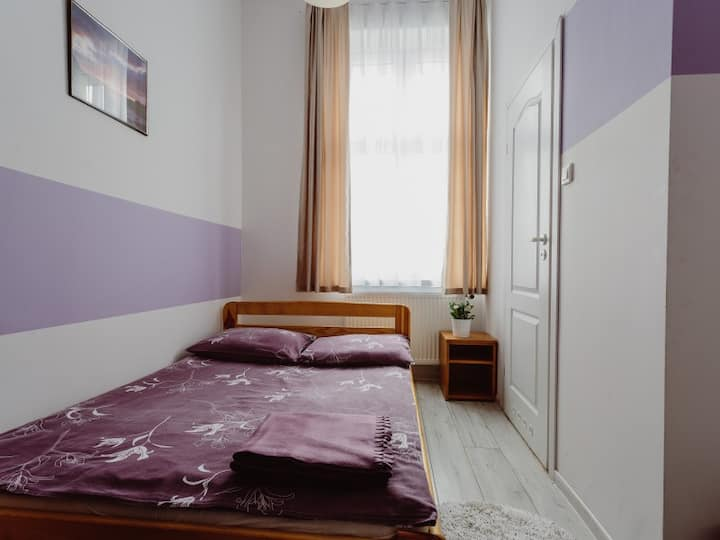 Double room with private bathroom. Tara Hostel Kraków