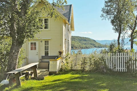 4 person holiday home in Skatvik