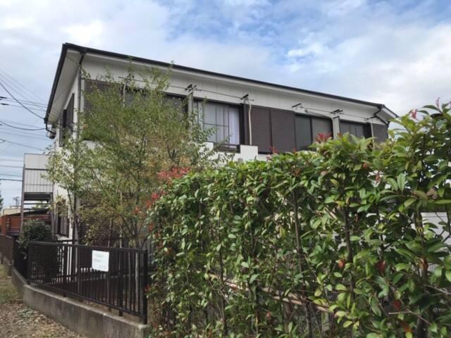 JR西八王子駅から歩いて7分、銀杏並木で有名な甲州街道、高尾山にも近い、静かな住宅地の便利な場所