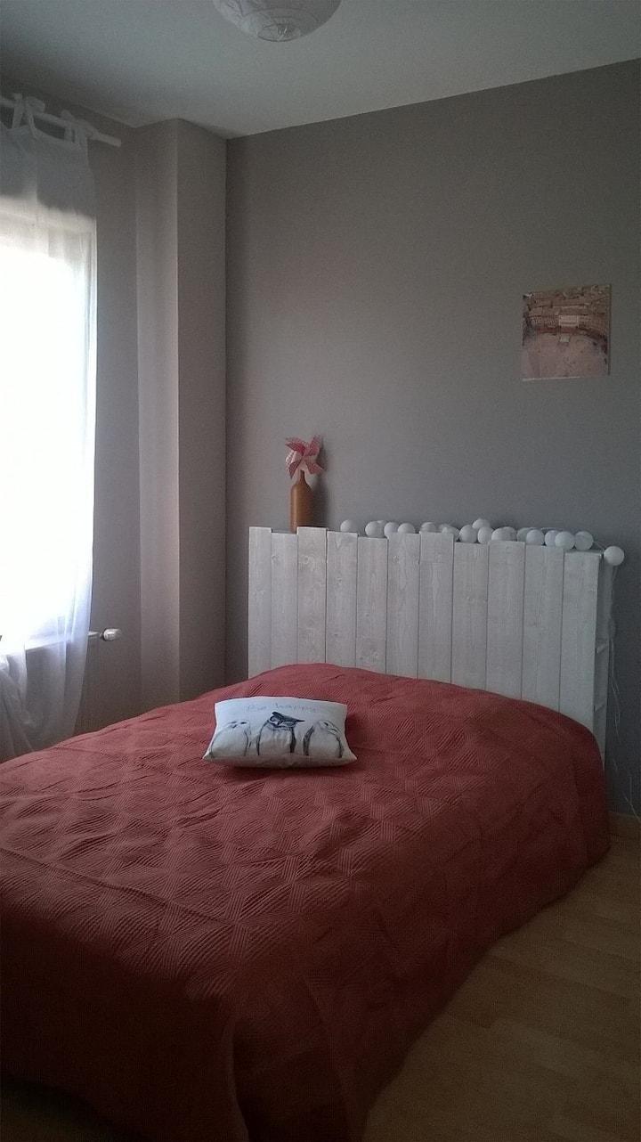 Chambre dans maison avec jardin paisible (Femmes)