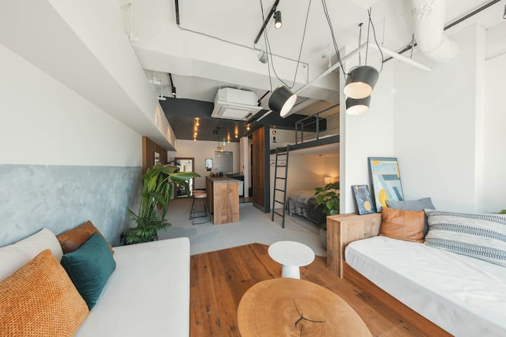 illi Shimokitazawa | Spacious Room + Balcony
