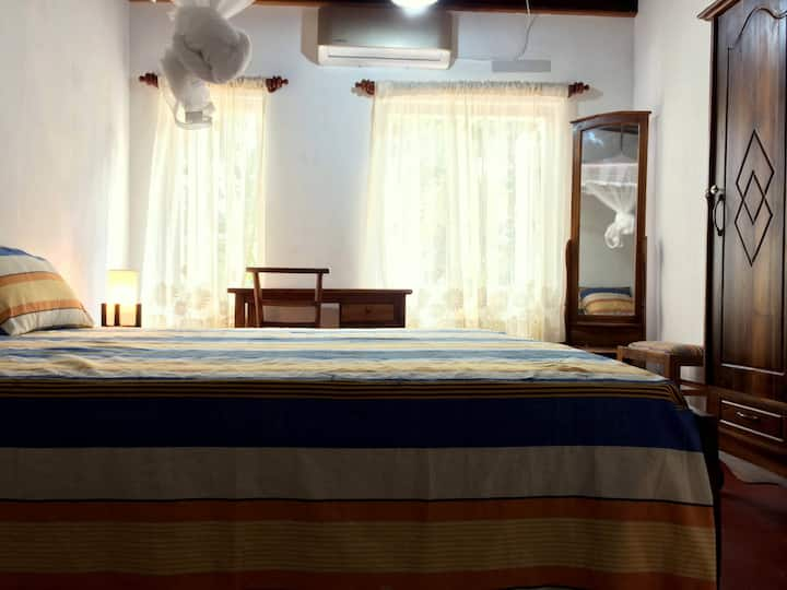 School Headmaster's Bungalow - Room 1