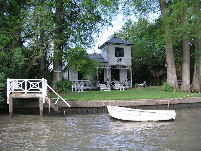 Quinta Villa Lolita - Tigre - Haus