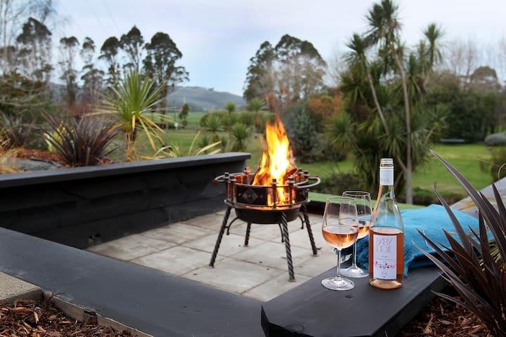raglan luxury tent with spa