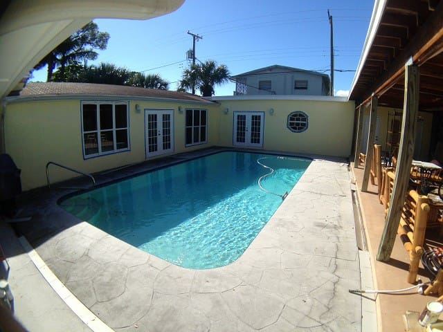 Pool- Beautiful Palmway, Near Ocean - Lake Worth - Vila