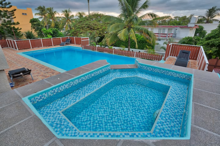 HIBISCUS VILLA **** 3 BEDROOMS CLOSE TO THE BEACH