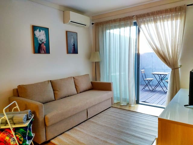 Nice duplex apartment with free pool and garage