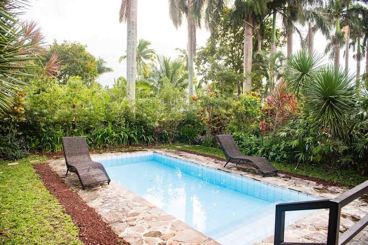 La Finca Village I, private pool villa, studio