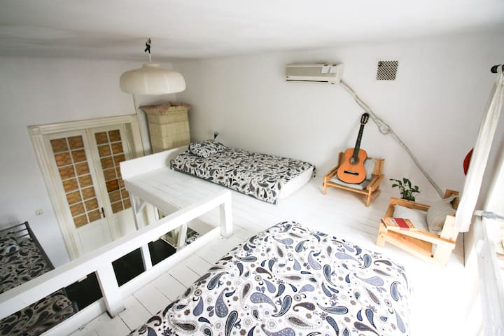 6 Bed Superior Dorm at Podstel Bucharest
