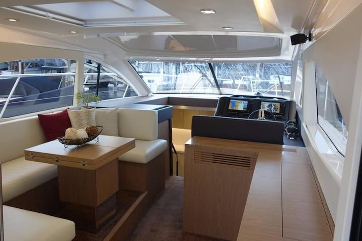 Båd 15 meter - 3 soveværelser - Vedbæk havn. - Vedbæk - Tekne