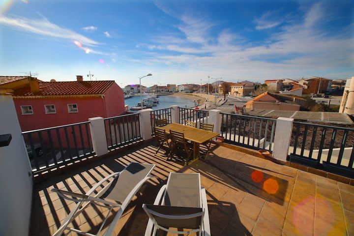 Magnifique appartement avec terrasse vue sur mer
