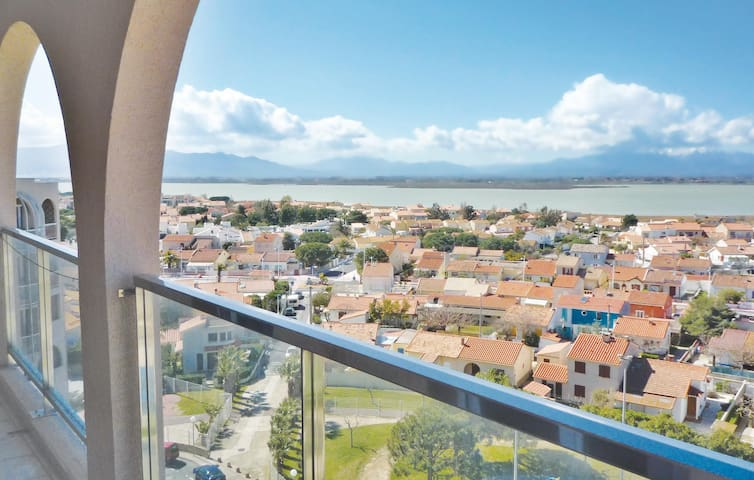 Holiday apartment with 3 bedrooms on 75m² in Canet en Roussillon
