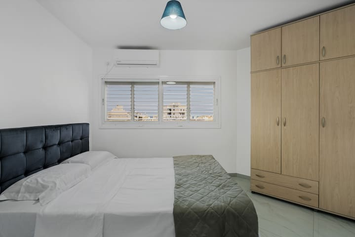 Best offer in Bat Yam near the beach (4)