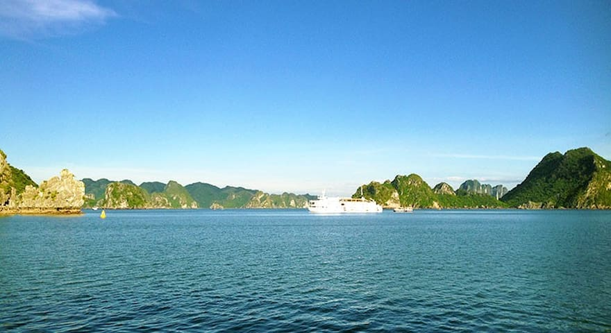 Luxury 4* Halong Bay 2 day cruise - Hàng Trống - Boot