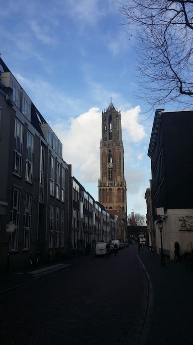 The Dom is very close, only 150 meters from the frontdoor!