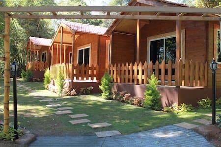 Premium Cottage stay experience in Coorg - Halugunda - Гостевой дом