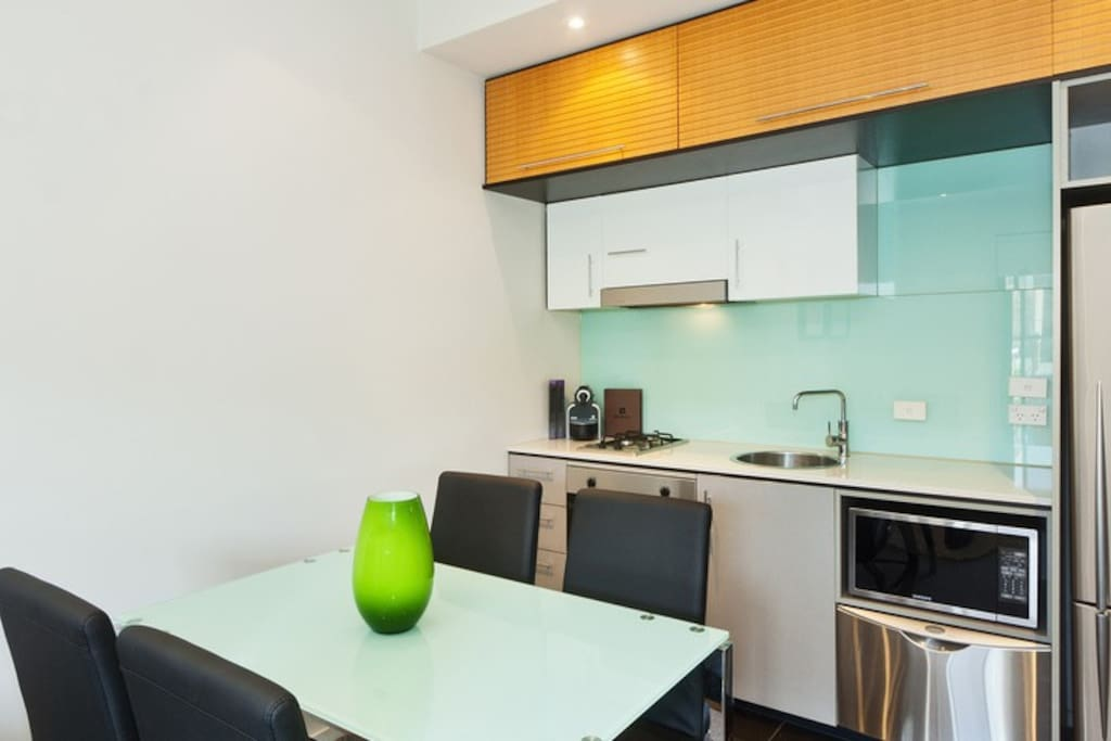 B23 1BR close to beach St Kilda