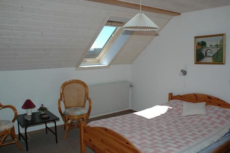 Cheap double room near Blåvand # 3 - Billum - Bed & Breakfast