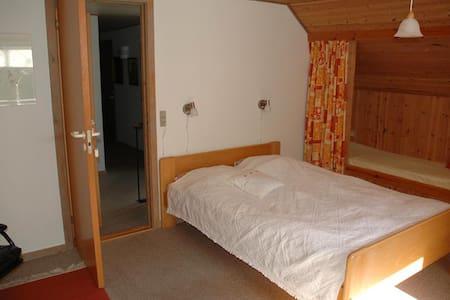 Billum near Blåvand - Double room 4 - Bed & Breakfast