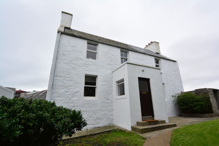 Central Lerwick 2 bedroom Self-Catering