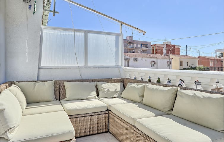 Holiday apartment with 3 bedrooms on 70m² in Santa Pola