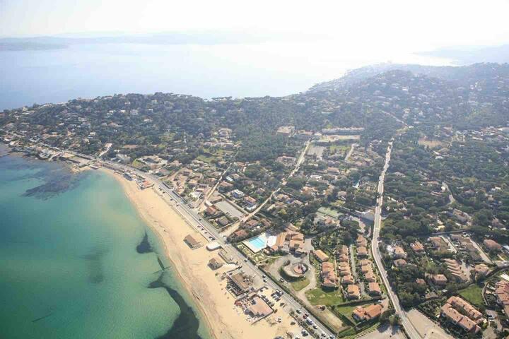 Un Mazet provençal dans le Golfe de Saint-Tropez