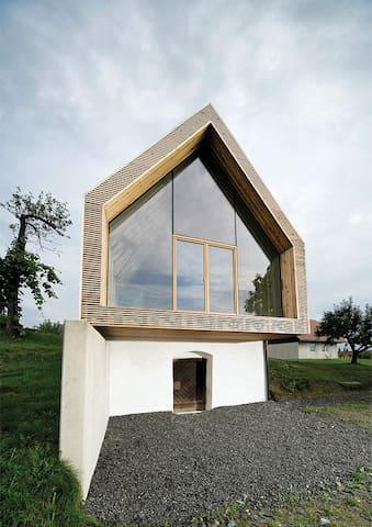 House, exterior W