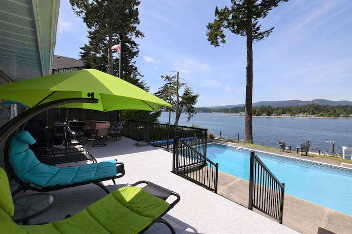 EAST SOOKE OCEANFRONT RETREAT (pool & dock)