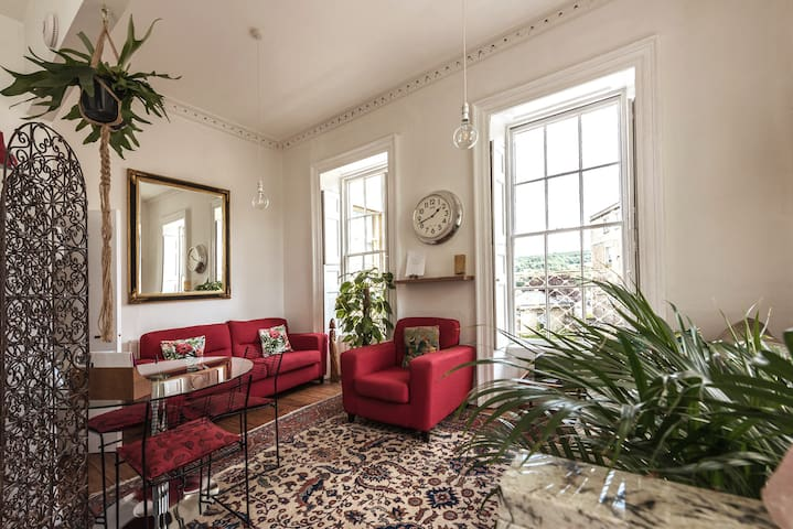 Unique,Beautiful, light and airy 1 bed apartment.